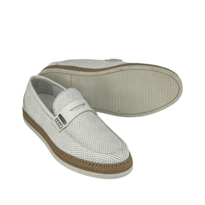 Παπούτσια Loafers Λευκά